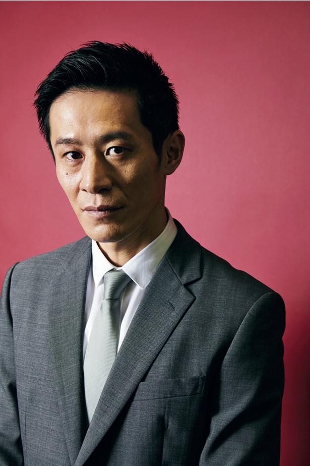 【写真を見る】元芸人、そして過去にはプロボクサーも目指していたという三浦誠己