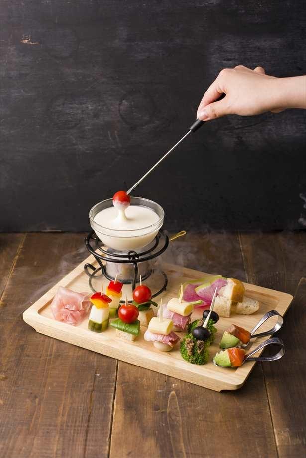 【写真を見る】カラフルな食材がフォトジェニック!