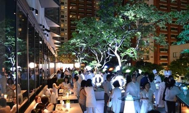 グランドハイアット東京で毎年行われるサマーナイトイベント「ソワレブランシュ」