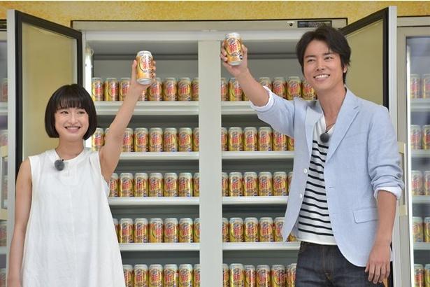 桐谷健太と門脇麦が「キリン のどごし<生>」のリニューアルイベントに登場!