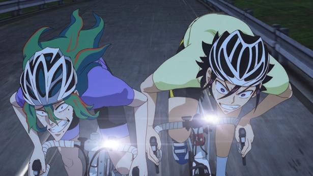 「弱虫ペダル GLORY LINE」第24話の先行カットが到着。坂道の前に箱根学園のOB・東堂尽八が現れた理由は…