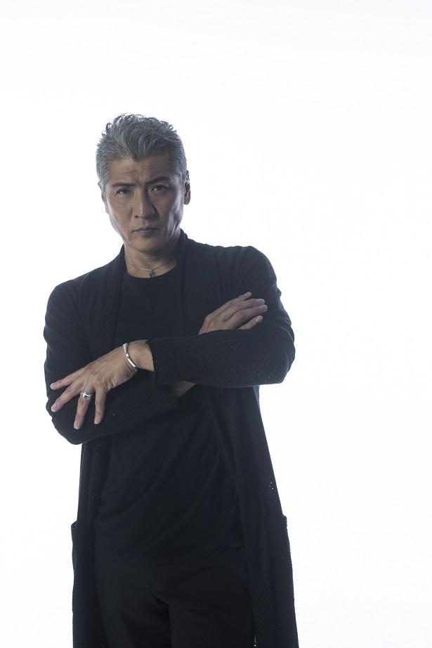 「連続ドラマ 黒書院の六兵衛」に主演する吉川晃司にインタビュー