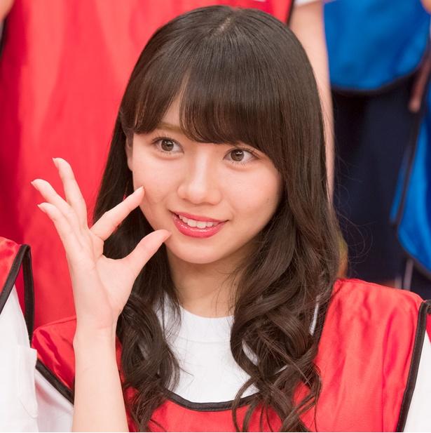 けやき坂46小坂菜緒、Seventeen専属モデルがミツバチ衣装のコスプレ