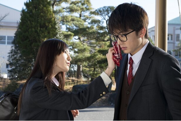 【写真を見る】ヘタレな律(健太郎)の恋愛に動きが…
