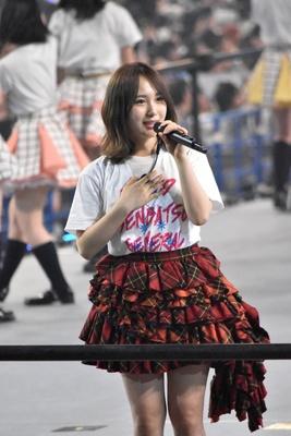 AKB48の高橋朱里さん (AKB48グループコンサートより)