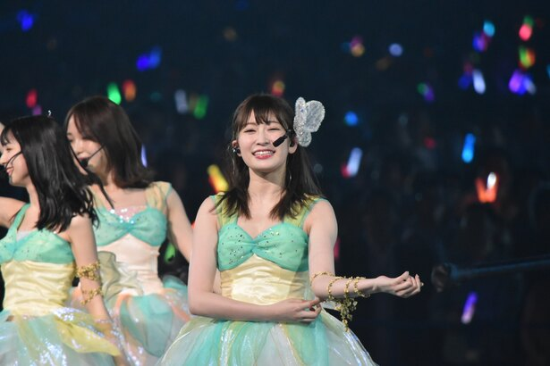 NMB48の吉田朱里さん (AKB48グループコンサートより)