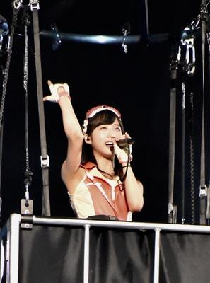 AKB48の小栗有以さん (AKB48グループコンサートより)