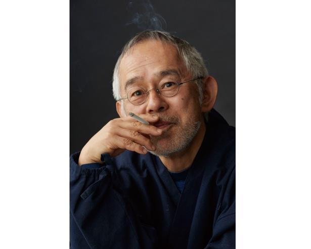 鈴木氏は同展の開催に対し「1日に数時間は文字を書き、そうして書きためた作品2500点のなかから厳選したものを展示します。出身地である名古屋での展覧会、楽しみです」とコメント