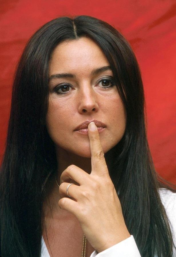 2000年12月、36歳当時のモニカ・ベルッチ