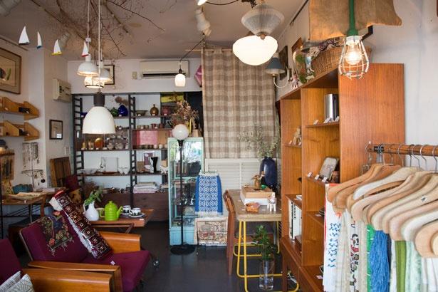 店内は大きな家具を中心に、商品に合わせてレイアウトを変えているそう