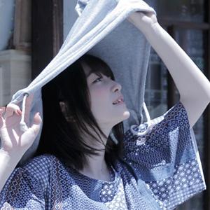 上田麗奈フォトコラム・爽やかな風と日差しが似合う古民家で
