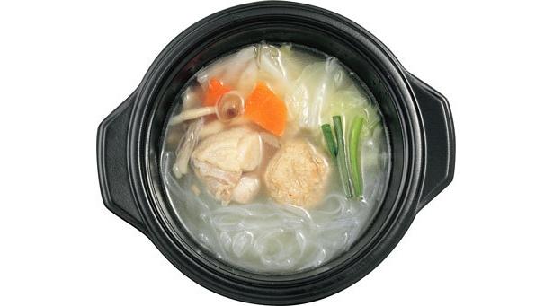 鶏と野菜のコラーゲン鍋(塩味)(ファミリーマート/298円)