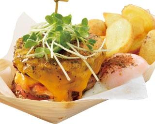 お好み焼きとパティの衝撃的美味しさ!京都「58doorstep BURGER」