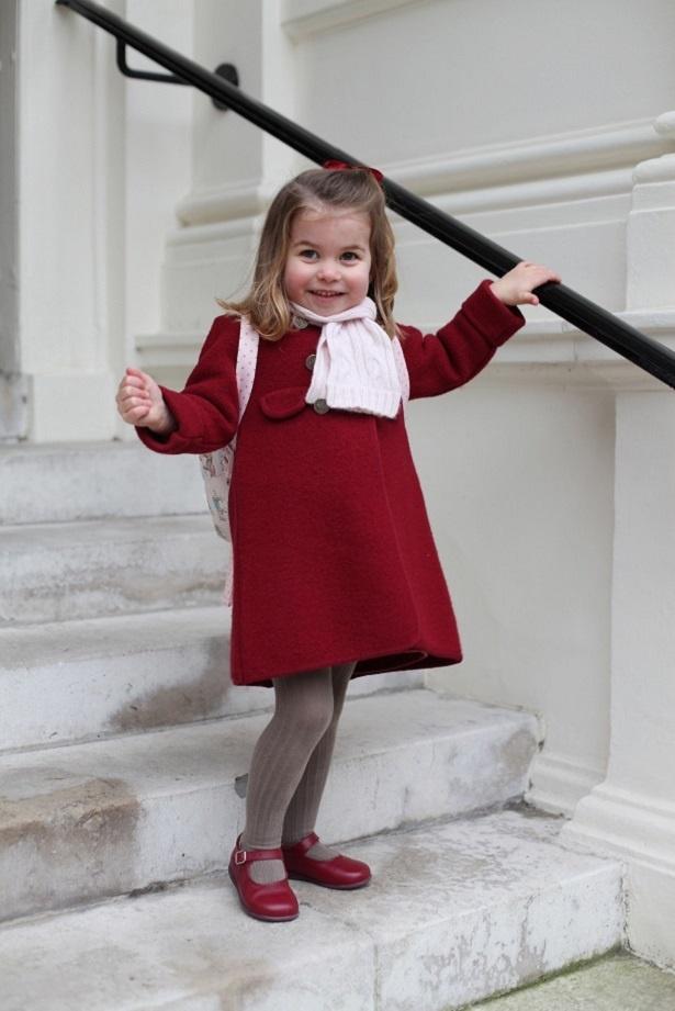 シャーロット王女は小さなファッショニスタ!
