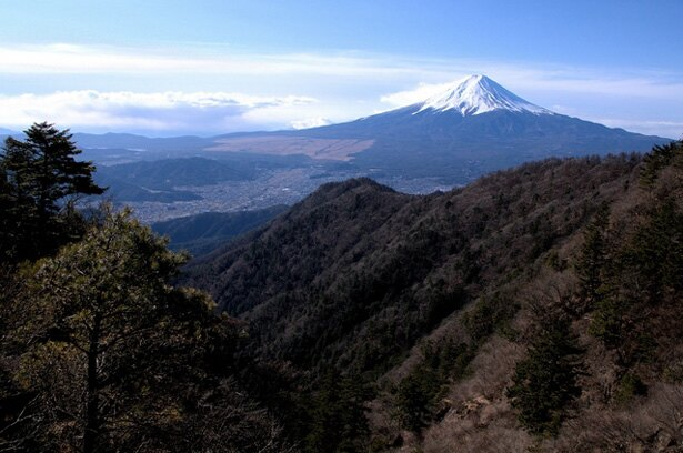 劇中では、ひなたが立案した「あおいに富士山を見せる」ためのサプライズ登山として登場