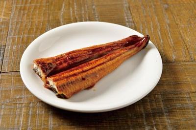 【写真を見る】フランス産のウナギを使った蒲焼き/カメレオンキッチン