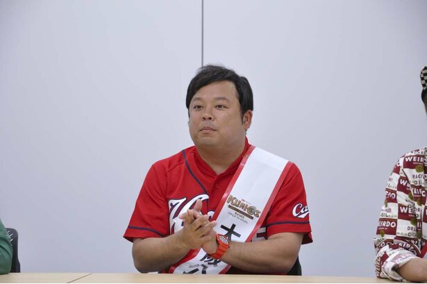 自称カープ芸人のボールボーイ佐竹は広島県を担当する