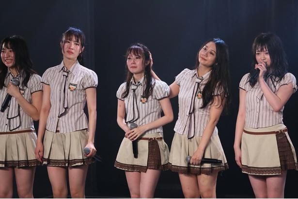 「支え」を歌いきったあと、感極まるメンバーたち/チームKⅡ 7th Stage「最終ベルが鳴る」