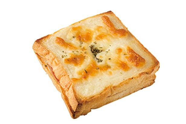 「Big Pain」の「クロックムッシュ」(280円)はミニサイズの食パンを使用。表面のチーズが香ばしい