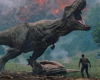 バリオニクスにカルノタウルスにスティギモロク…、もちろんT-レックスも! シリーズ最多の恐竜たちが暴れまくりますよー