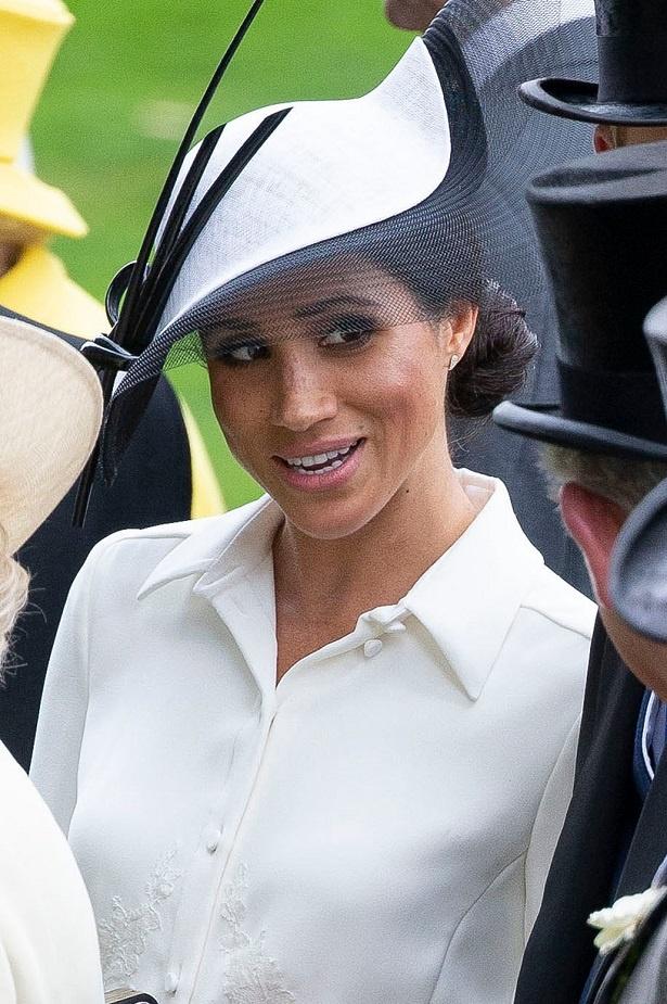 英王室のマナー問題に迫る!