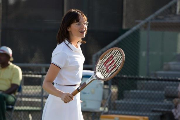 「歴史を変えた試合」エマ・ストーンが、テニス史に残る世紀の一戦を語る