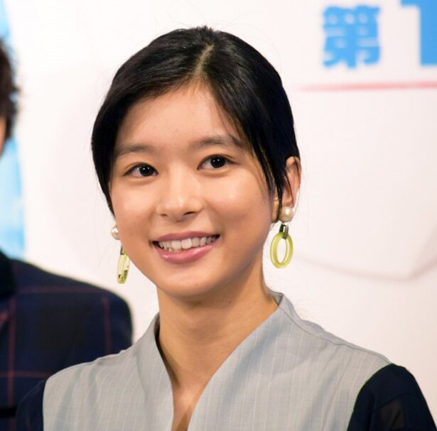芳根京子が映画のオフショットを投稿した