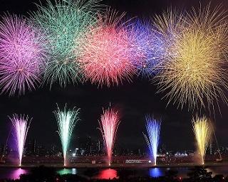 Wナイアガラに注目!「第40回 足立の花火」ビュースポット3選