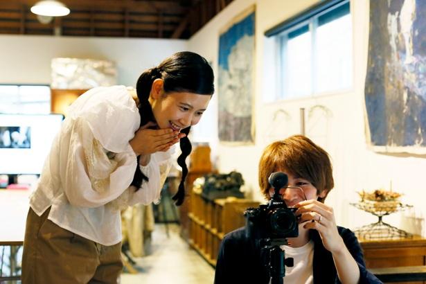 「すごーい! ちゃんと撮れてる。手ブレもしてないし、いい出来です!」と前田さんは撮影した動画にご満悦の様子