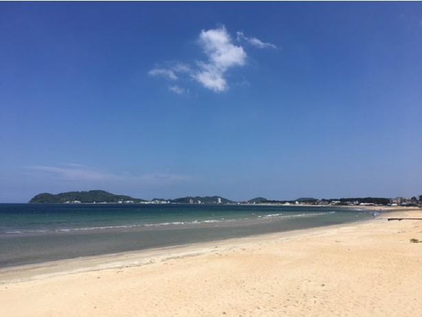 福間海水浴場 / 白い砂浜が続く美しい福間海岸
