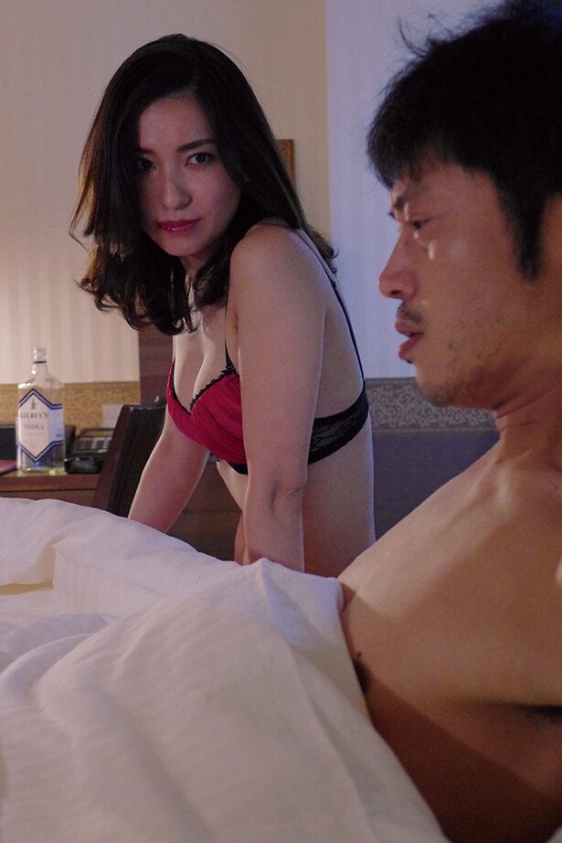 戸田れいDVD「監禁潜入捜査官」(リバプール)より
