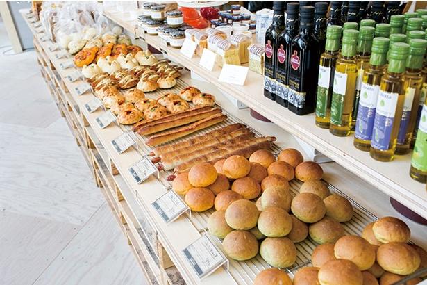 「ORTO's Bakery cosses」。系列のカフェやレストランのパンもすべて同店で焼いている