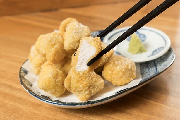 塩とワサビが肉の甘さを強調する「耳納豚一口カツ」(800円)