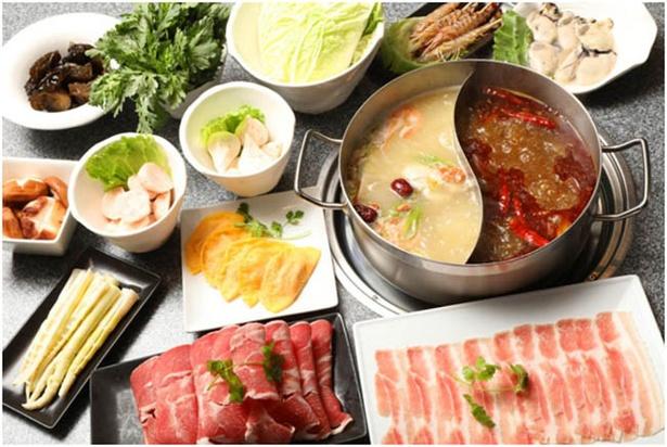 薬膳効果のある香辛料をたっぷりと使用した「火鍋」は、食べるごとに新陳代謝が上がり、体の調子も整う