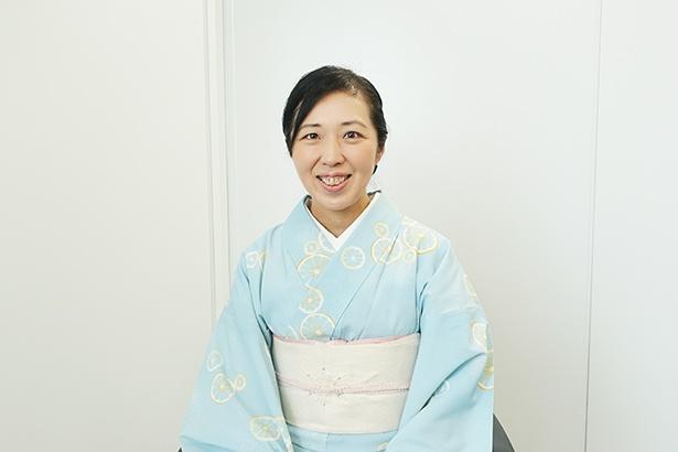 """飛騨市・八ツ三館の女将、池田さん。月一度""""和の文化を学ぶ会""""を主催する、勉強熱心な一面も"""