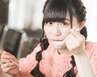 人気連載「SKE48のふぅふぅ女子♥」のスピンオフ企画として、「メンバーとおいしいラーメンを食べた~い♥」を勝手に妄想しちゃいました!今回の彼女はチームEの野々垣美希ちゃん♪