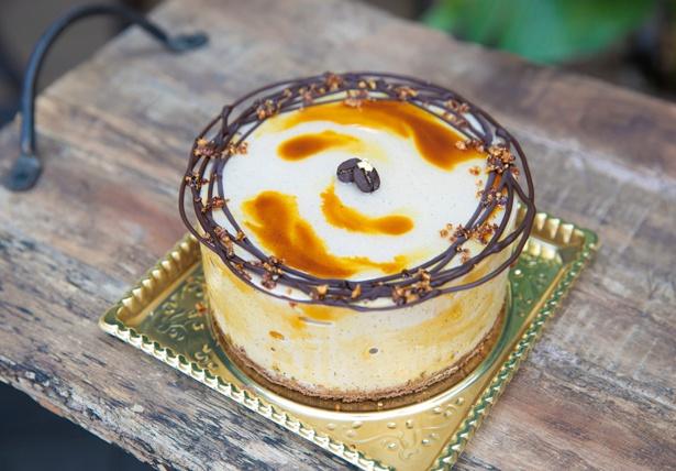 「Hilo Homemade Ice Cream」では、「Kona Coffeeのアイスケーキ」4号(3,400円)など、ギフトにおすすめのアイスケーキも販売
