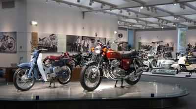 懐かしいオートバイがいっぱい!