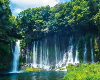 """夏にオススメの""""涼絶景""""!繊細な美を放つ静岡の名瀑「白糸ノ滝」を目指すドライブ"""