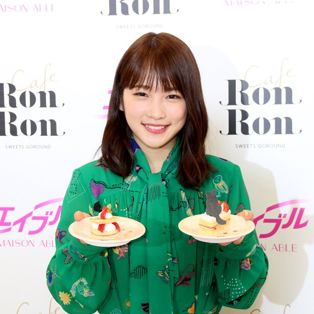 「MAISON ABLE Cafe Ron Ron」オープニング記念イベントに登壇した川栄李奈