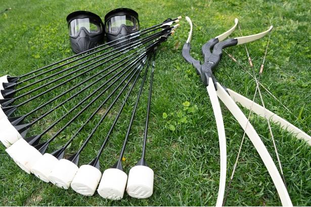 利用する道具は「弓」「矢」「ガードマスク」の3点
