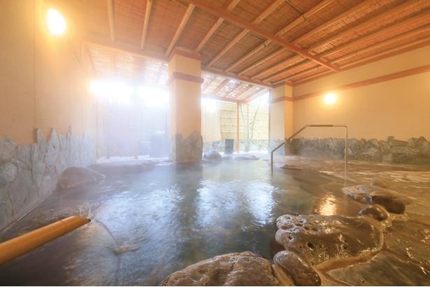 熊本旬彩の宿 ゆとりろ山鹿 / 美人の湯として名高い山鹿温泉が源泉かけ流しで楽しめる