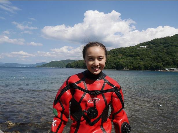 百田夏菜子は地元・静岡の駿河湾でダイビングに挑戦!