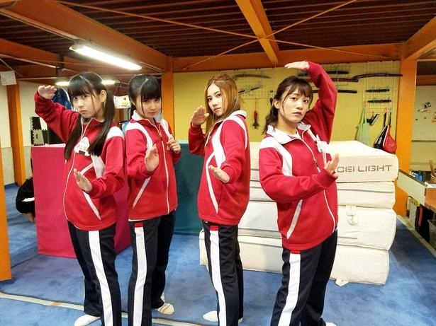 SKE48がアクション女優を目指してワイヤーアクションにチャレンジ