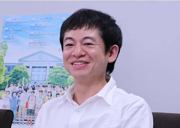 初演当時のことを振り返る旗揚げメンバーの一人、永野宗典