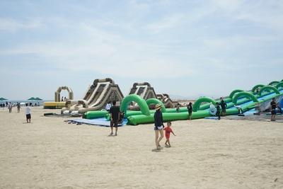 「ビーチパーク」は「プール入園券」「プール付パスポート」の利用者は無料で遊べる※一部の遊具を除く