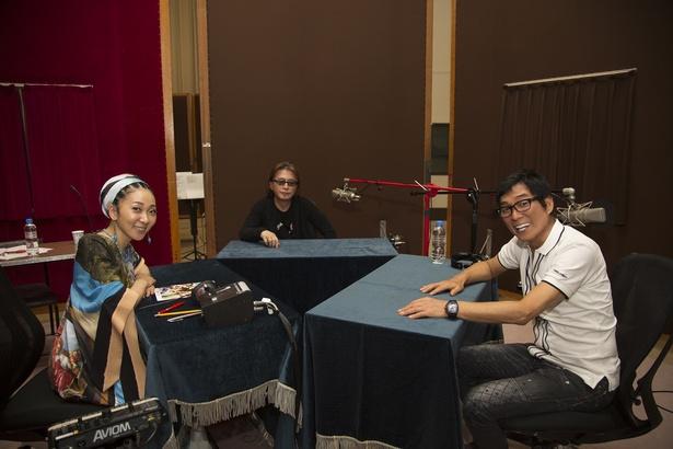 MISIA(左)のラジオにゲスト出演した明石家さんま(右)と甲斐よしひろ