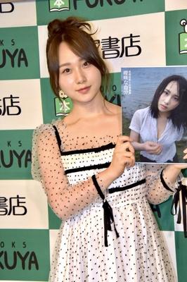 初の写真集を発売する高橋朱里さん(AKB48)