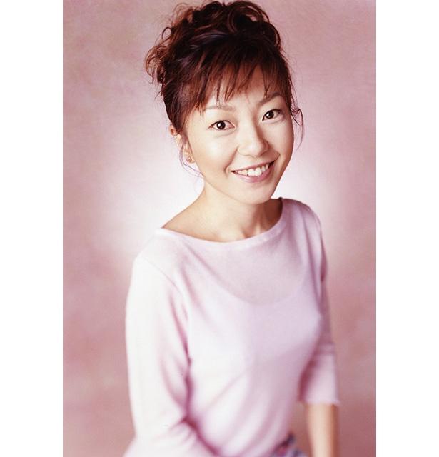 【写真を見る】アニソンや特撮ソングの歌い手として知られる朝川ひろこの青空ライブが決定