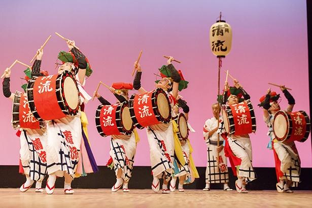 市民文化ホールで行われる伝統競演会